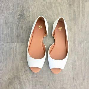 White peep toe flats- size US 7